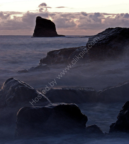 Saltwick Bay - Black Nab - Sunrise