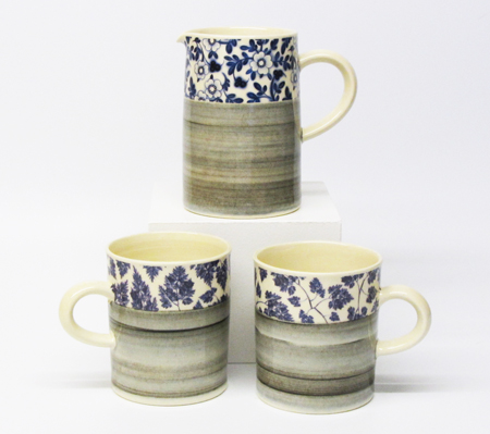 Earthenware 'chintz' jug and mugs