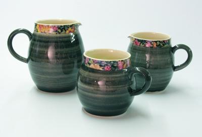 Black ball mugs and jugs