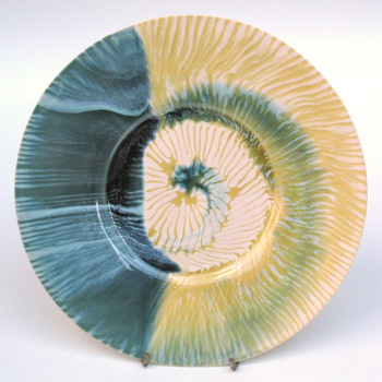 Sea conch plate. 32cm.