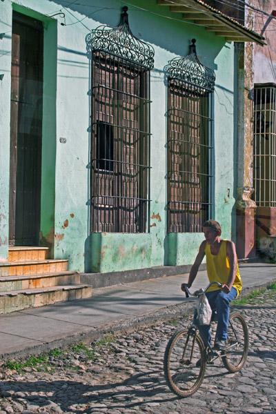 Cuban Rush Hour, Trinidad