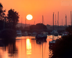 Sunrise over the River Frome