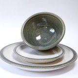 Dinner Set with dinner plate, side plate and bowl