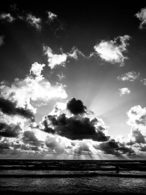 The Eluminated Cloud