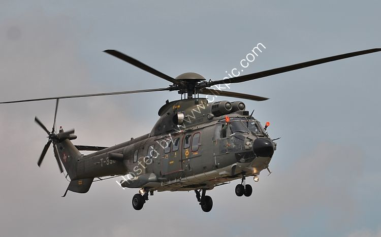 Ref-AWP-21 Aerospatiale AS532UL Super Puma T336 Swiss Air Force RAF Fairford Gloucestershire Gt Britain 2015 (C)RLT Aviation And Maritime Images 2018 opt