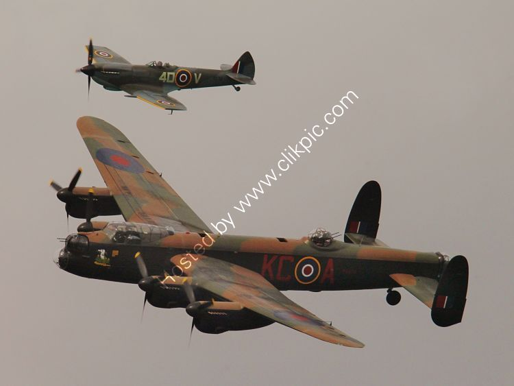 Ref-BMF-30 Avro Lancaster1 PA474 & S-SpitfireXVI TE311 Both RAF-BBMF Bournemouth Hants Gt Britain 2014 (C)RLT Aviation And Maritime Images 2014 opt