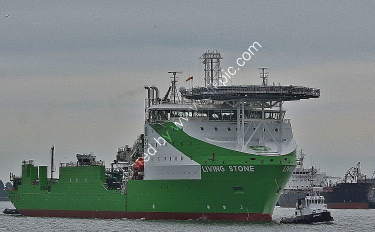 Ref CON10 Livingstone Construction Vessel Port Of Rotterdam Holland 2018 (C)RLT Aviation And Maritime Images 2018 opt