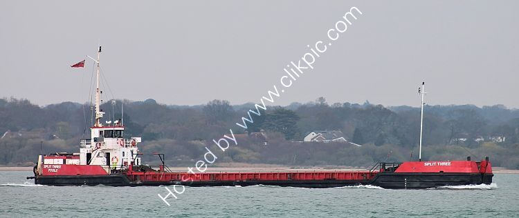 Ref-CSSC-298 Split Three Coastal Barge Southampton Water Hampshire Gt Britain  2021 (C)Copyright Reserved 2021-RLT Aviation And Maritime Images opt