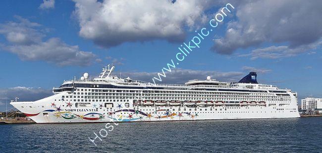 Ref-NCL6 Norwegian Star Norwegian Cruise Line Southampton Docks Hampshire Gt Britain 2020 (C)RLT Aviation And Maritime Images 2020  opt