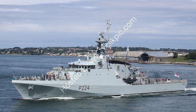 Ref-RNGB(MCM)20 HMS Trent P224 River Class MCM Vessel Leaving RN Dockyard Devonport Plymouth Devon 2020 (C)RLT Aviation And Maritime Images 2020 opt