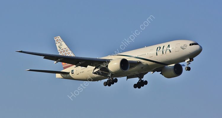 Ref B772-55 Boeing 777-240ER AP-BHX Pakistan International Airlines On Final Approach To London Heathrow Airport London Gt Britain 2010 (C)RLT Aviation And Maritime Images 2018