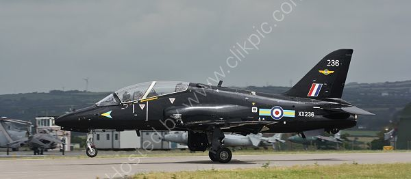 Ref HK1 4 BAE Hawk T1W XX236 RN (FRADU) RNAS Culdrose Gt Britain 2013 (C)RLT Aviation And Maritime Images 2018