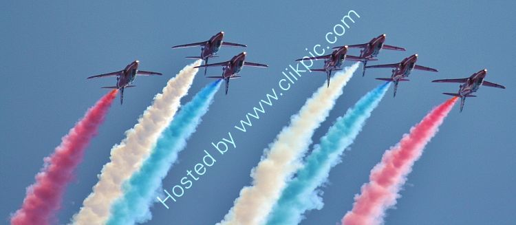 Ref RAR-116 The Red Arrows Display Team RAF BAE Hawk T1's Dawlish Air Show Devon Gt Britain 2014 (C)RLT Aviation And Maritime Images 2018 opt