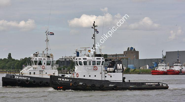 Ref TSV194 En Avant 7 & 9 Tugs Port Of Rotterdam Holland 2018 (C)RLT Aviation And Maritime Images 2018 opt