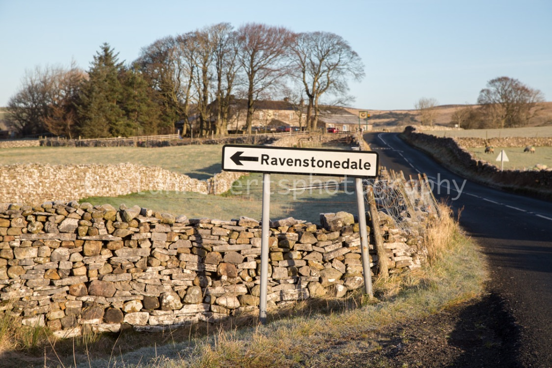 THIS WAY TO RAVENSTONEDALE