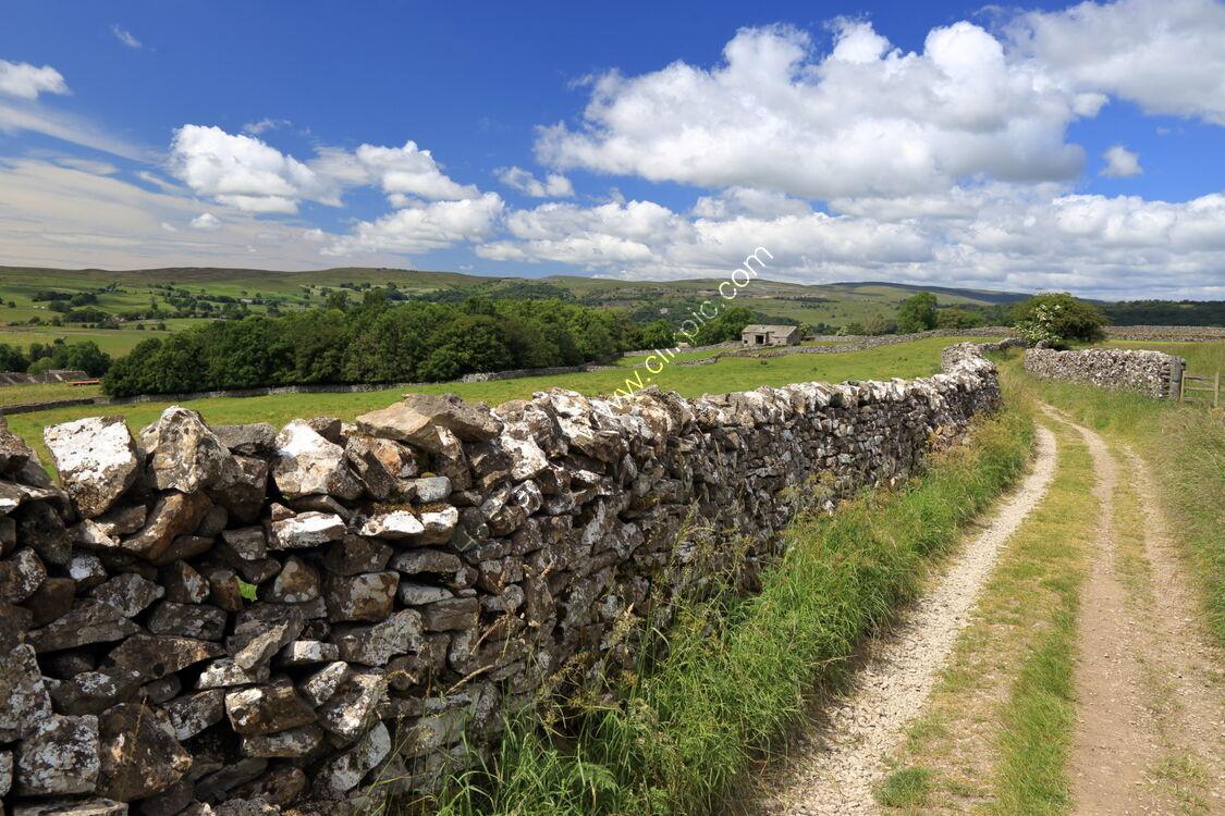 Drystone wall on High Lane,Grassington