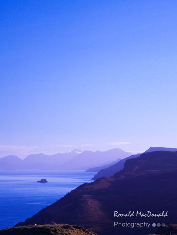 Holm island[]