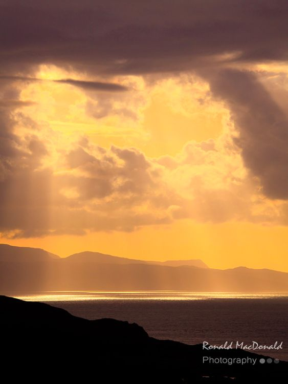 Sunshafts over Rum, Skye
