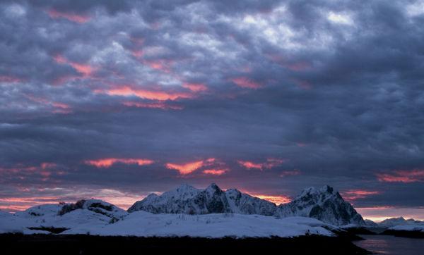 Lofoten Dawn 1