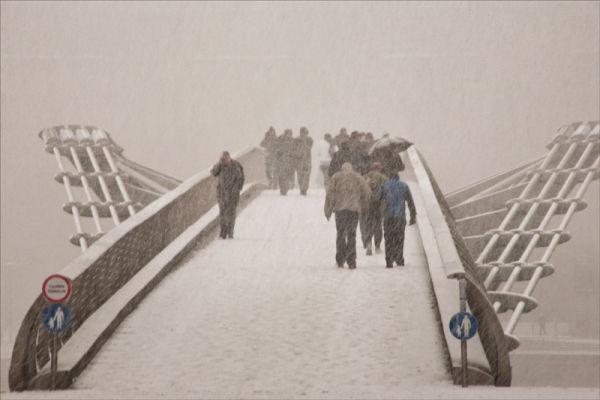 Snow towards the Tate.