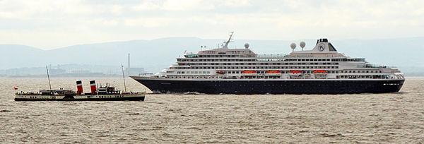 N114 Waverley & Cruise Liner