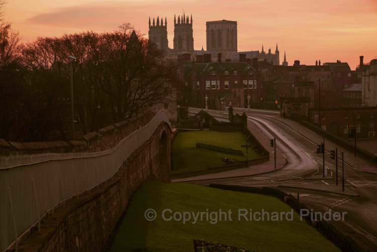 Lendal Bridge and York Minster.