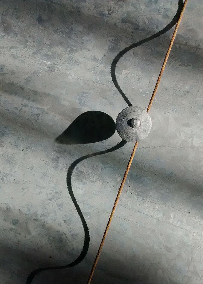 Roofer's string line.