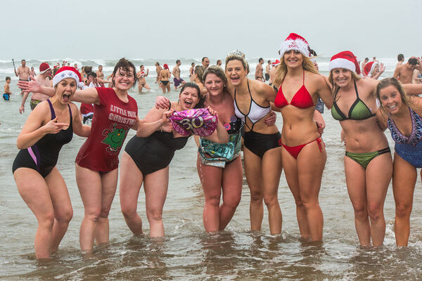 Bude xmas day swim 2