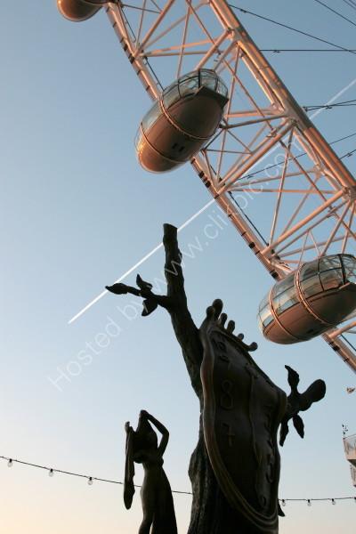 DALI 1 @ London Eye