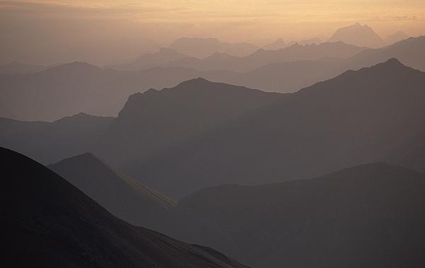 Dawn ridges