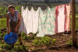 Farmer's wife putting out the washing - Vinales