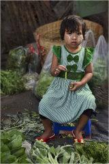 Market Girl - Yangon