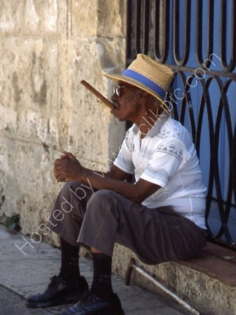 Man with Cigar,Havana