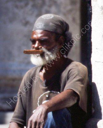 Man with cigar in Cuba
