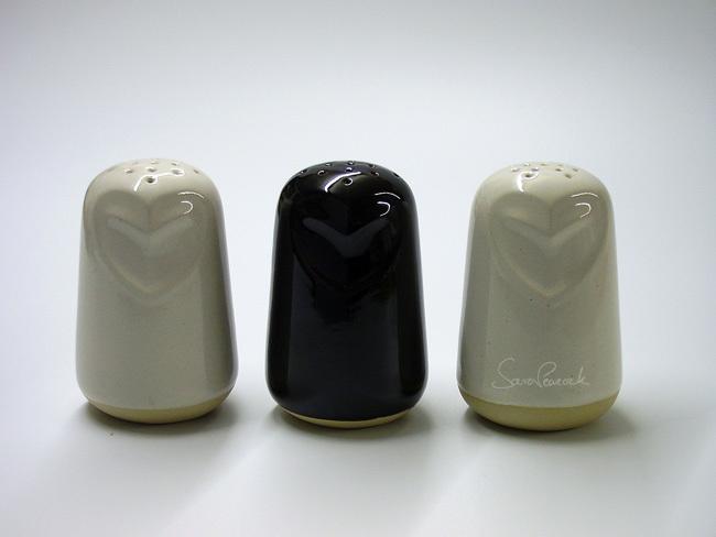 Owl sugar shakers