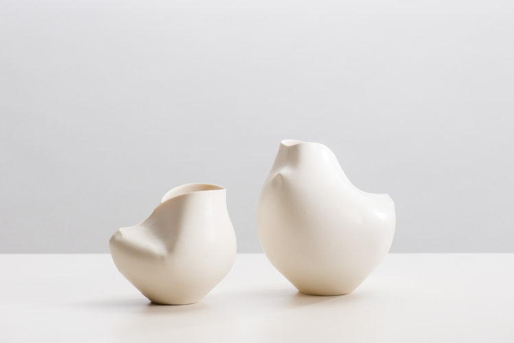 Pair White Spine-Camber Vessels