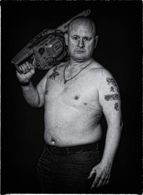 Paul & Chainsaw
