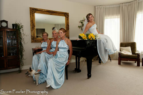 Bride on the piano