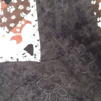 """Wag """"n"""" Woof paw print quilt"""
