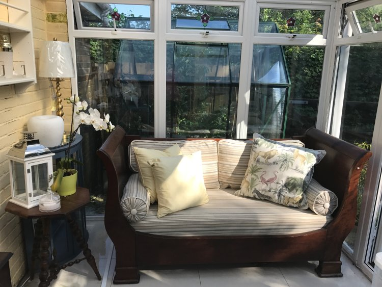 New covers and cushions for customer daybed