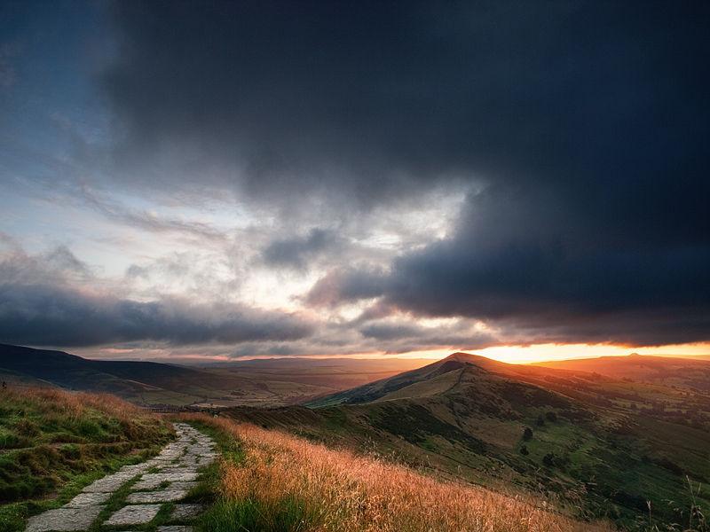 Sunrise over Lose Hill