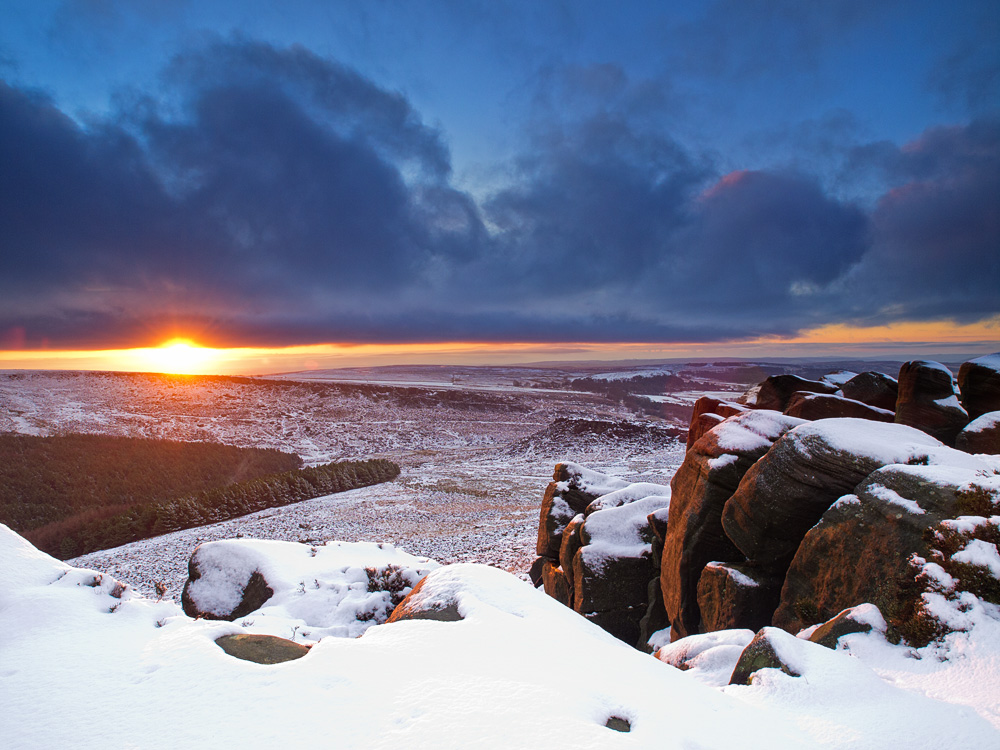 Winter sunrise at Higger Tor