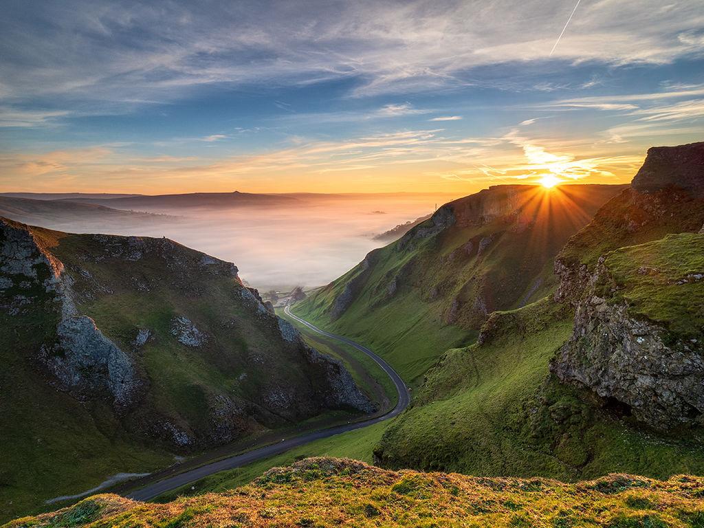 Winnats pass sunrise (inversion)