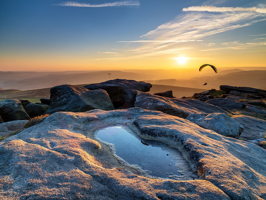 Stanage sunset (paragliders)