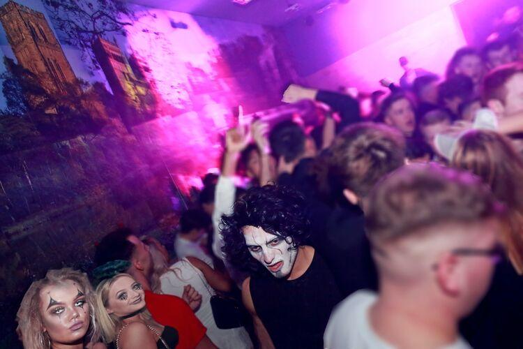 Biship  Mill Nightclub