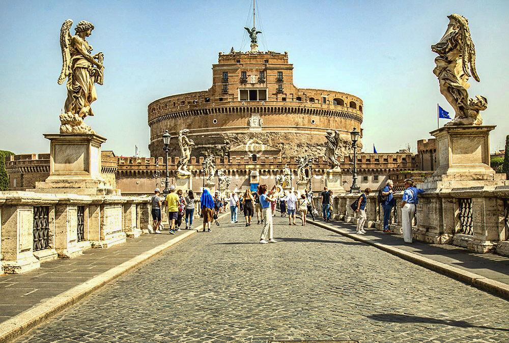 40166-Rome Museo Castel Sant'Angelo Ponte