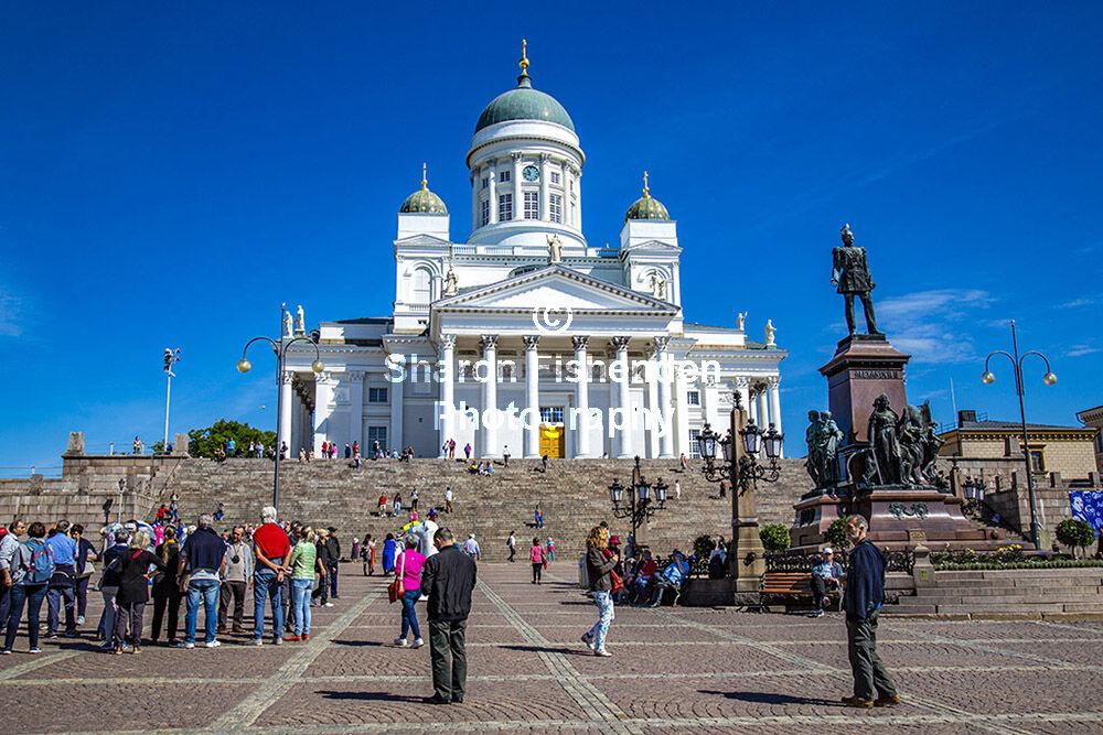 4020-Helsinki Senate Sq Lutheran Cathedral