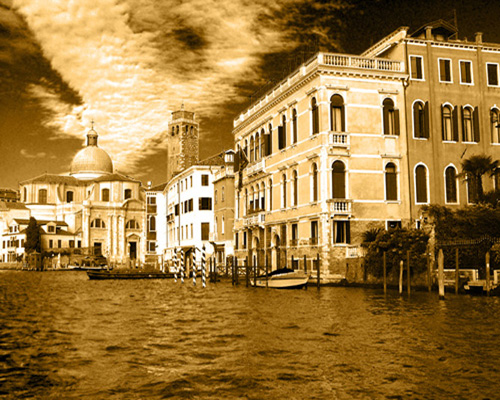 Canal Grande in Gold