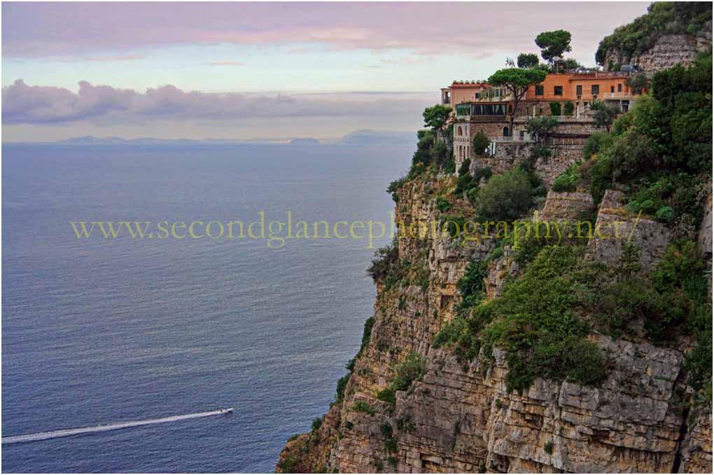 Cliff top retreat - Amalfi Coast