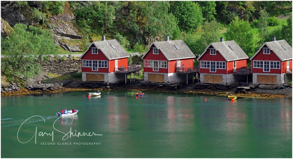 Flaam - someone coming for tea